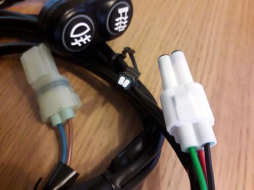 02.-LH-Aux-Switch.jpg