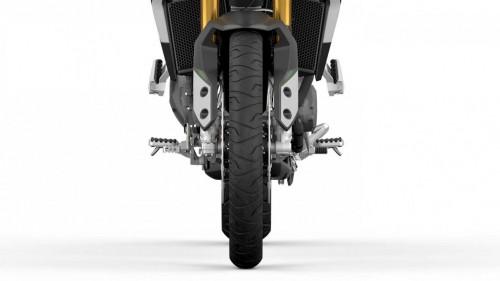 Tiger-900-RALLY-MY20-tyre-1410x793.jpg